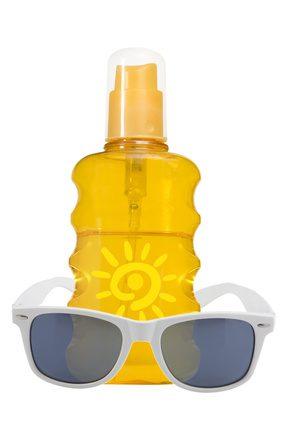 肌を守るには万全の紫外線対策を。
