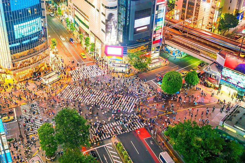 主要都市の駅や街は、緊急事態宣言解除後、4~6割超の増加がみられた。(画像はイメージです)