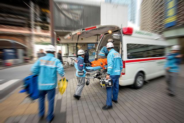 五輪期間中、大会関係者150人が熱中症と思われる症状を訴え、8人が救急搬送された。また、五輪・パラ東京大会全体の新型コロナ感染者数は863人だった。
